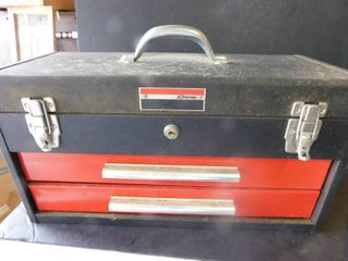 Two Drawer Tool Box   Contents