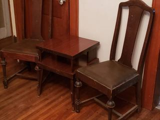 Pair of Vintage leather Seat Dining Chairs and Accent Table  18 x 18 x 23 in  tall