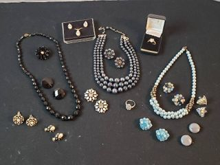 Vintage Fashion Jewelry  Necklaces  Rings  Pins  Cuff links and Clip Earrings