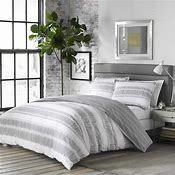 Carbon loft Joyner Duvet Set White Grey   Queen Full   3 Piece  Retail 79 98