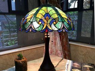 Tiffany Style Victorian Design 2 light Dark Bronze Table lamp  Retail 158 99