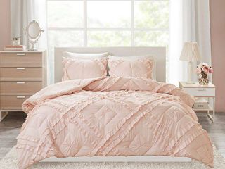 Intelligent Design Kacie Twin Twin Xl 2 Piece Solid Coverlet Set With Tufted Diamond Ruffles Bedding