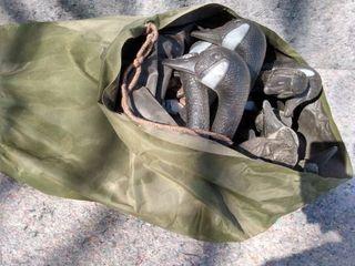 bag of goose decoys