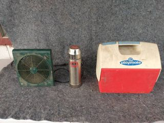 small fan thermos and lunch box