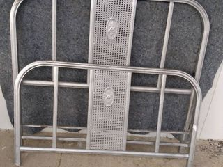 vintage metal bed frame comes with metal box springs full size