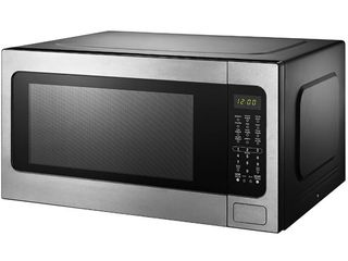 Black Decker 2 2 Cu  Ft  Microwave with Sensor Cooking  Stainless Steel