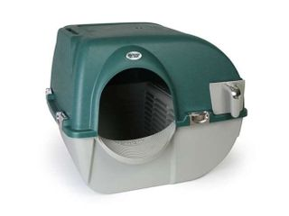 Omega Paw Premium Roll N Clean Self Cleaning Enclosed Cat litter Box  Green