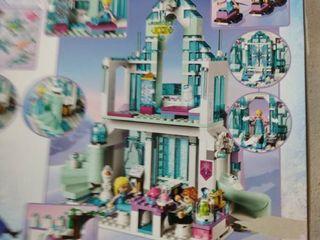 lego 43172 Disney Princess Elsa s Magical Ice Palace