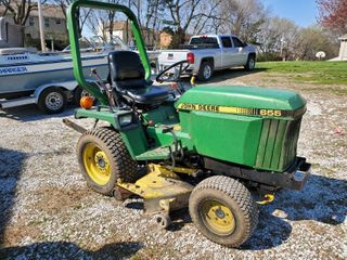 1987 John Deere 655 lawn Mower