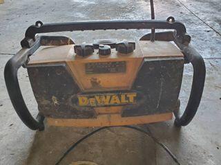Dewalt Radio And 18V Battery Charger