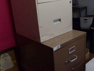 4 DRAWER FIlE CABINET PlUS 2 DRAWER FIlE CABINET BONUS