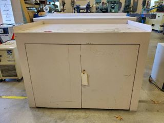 4ft Metal Work Bench With Storage