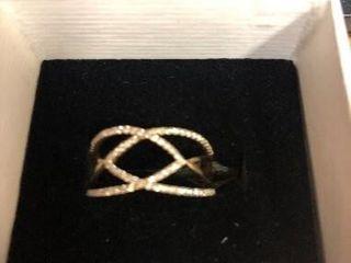Woman s 1 2 ct  Diamond Fashion Ring