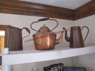 2 metal pitchers   1 kettle