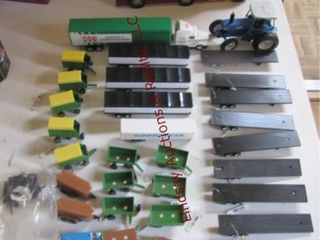 Approx 30  pcs Ertl farm implements   trailers
