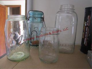 4 various size mason jars