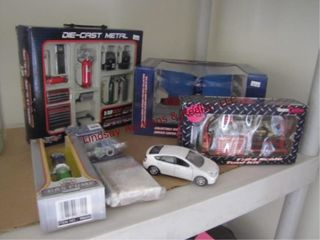 Group of collectible cars   car items SEE PICS