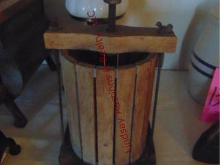 Wine Press w  aluminum bottom 9 x 9 x 18