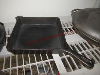 Griswold cast iron No  769 square utility skillet