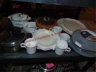 Corningware dish  dish set  pie plate    other