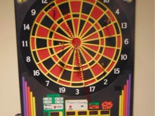 Arachnid electronic dart board 20  x 26 5