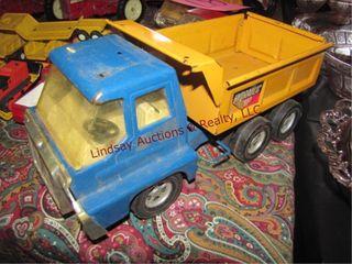 Structo Ertl Hyd dump toy truck