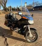 1987 Honda Goldwing 1200A Motorcycle with Cruise Control and Air Compressor   WATCH VIDEO