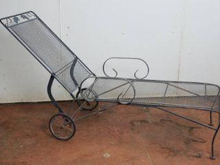 Nice Metal lawn Chair   Adjustable