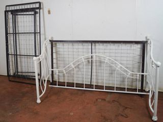 Metal Day Bed Frame  w  Trundle Pull Out