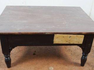 Wood Coffee Table  46  long x 34  wide x 20  tall