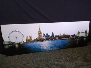 Outlook of london hanging wall art   19 1 2  H X 60  W