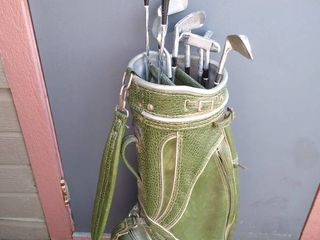 MacGregor golf bag with 9 clubs