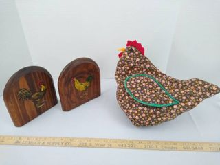 Rooster bookends and a chicken small towel holder