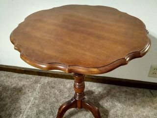 Tilt top table 27  H
