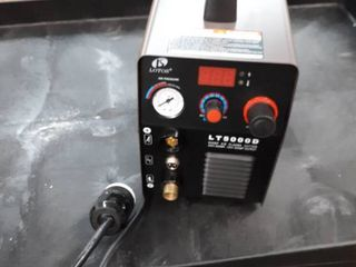 lOTOS lT5000D 50A Air Inverter Plasma Cutter Dual Voltage 110 220VAC 1 2  Clean Cut  Retails 326 12