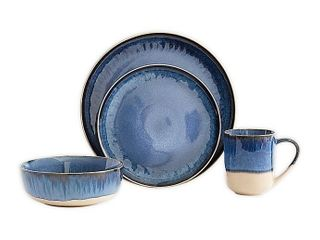 MISSING 1 DINNER PlATE  Baum Apex Blue 16 piece Dinnerware Set  Retails 79 99