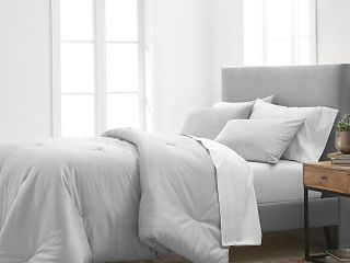 Grand Hotel Estate 1000 Thread Count 2 Piece Twin Comforter Set in Grey