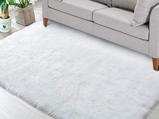 Noahas luxury Fluffy Rugs Bedroom Furry Carpet Bedside Faux Fur Sheepskin Area Rugs Children Play Princess Room Decor Rug  3ft x 5ft  White  RETAIl PRICE  34 99