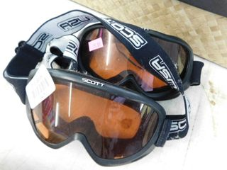 2 goggles with straps