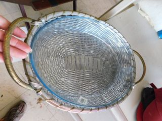 wicker serving tray with glass plate