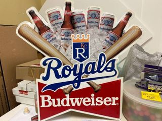 1991 Authentic Royals Budweiser tin sign