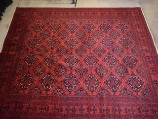 WOOl CARPET  RED   BlACK DESIGN  116  X 101