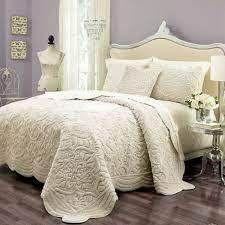 Vue Plush Decor Bedding   Queen