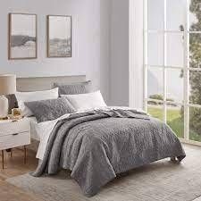 Beaute living Space Dyed 3 Piece Quilt Set  Retail 96 99 queen
