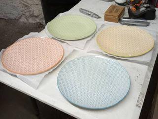 vacation macaroni 4 pc muli colored plates