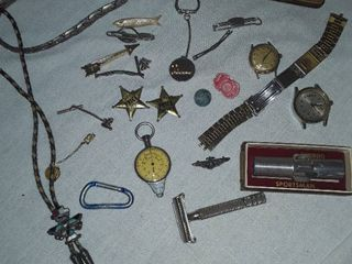 Jewelry lots  Mens Jewelry  Watches  no bands  Tie Tacks  Vintage Razor  Compass and Nimrod Sportsman and other Miscellaneous Items