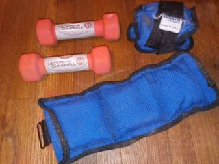 Neoprene 2 lB Dumbbell Hand Weight Set with Elmers Weighted Wrist or Ankle Wraps
