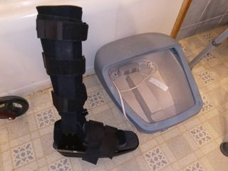 Breg Air Brace Size lG with Foot Relaxer