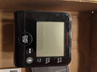 2 Automatic Wrist Cuffs Blood Pressure Monitors