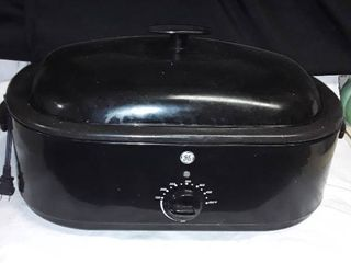 GE Electric Roasting Pan  The middle insert does come out